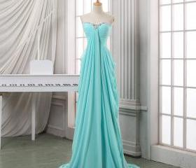 Long pleated chiffon..