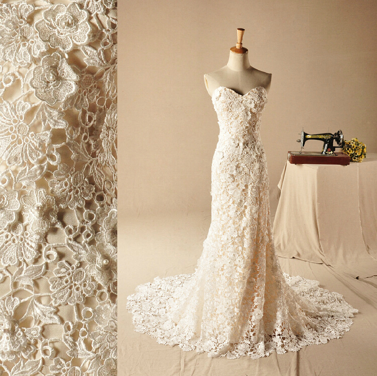 Champagne Vintage Wedding Dresses: Sweetheart Elegant Champagne Nude Lace See-through Vintage